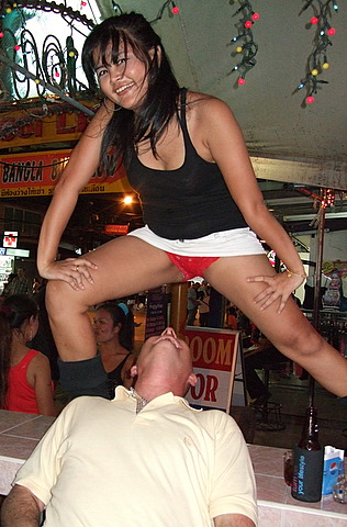 Thai bar girl table-dancing