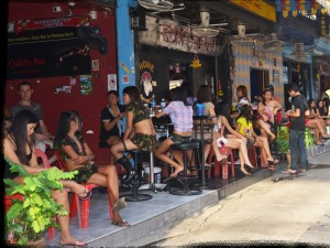 Bar girls on Soi 6