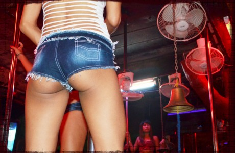 Sexy coyote dancer in a bar in Pattaya