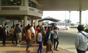 lao-border-post-bus