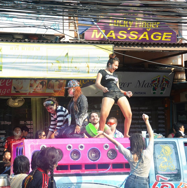 Songkran in Pattaya 2016 - 03