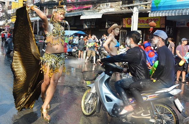 Songkran in Pattaya 2016 - 04