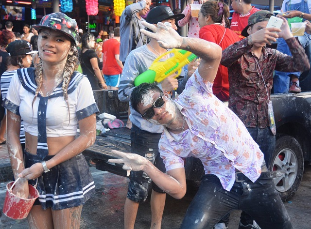 Songkran in Pattaya 2016 - 06