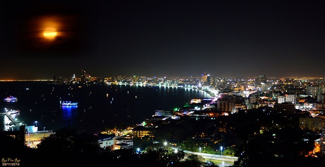 pattaya-city-view-by-night
