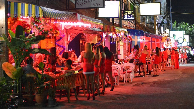 Finnish Tourist Stabbed by Two Thai Men in Jomtien