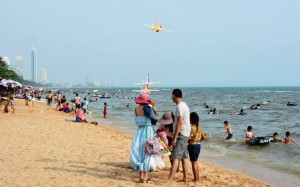 Family fun day on Jomtien beach