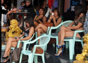 Bar girls waiting for customers on Soi 6